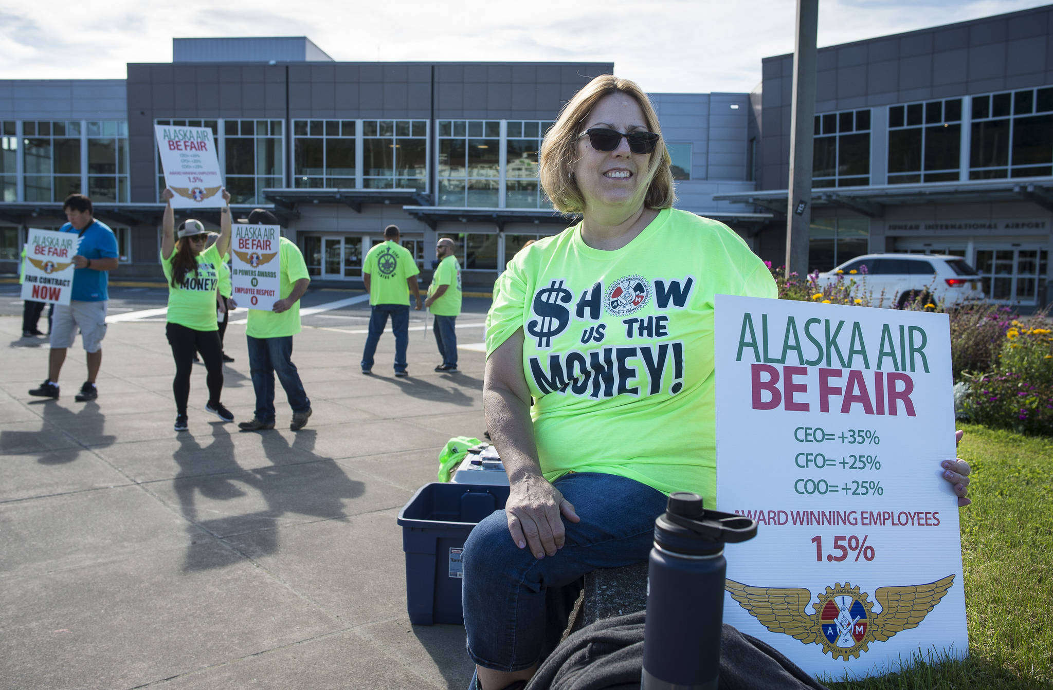 Employees ask Alaska Airlines for better wages, job security