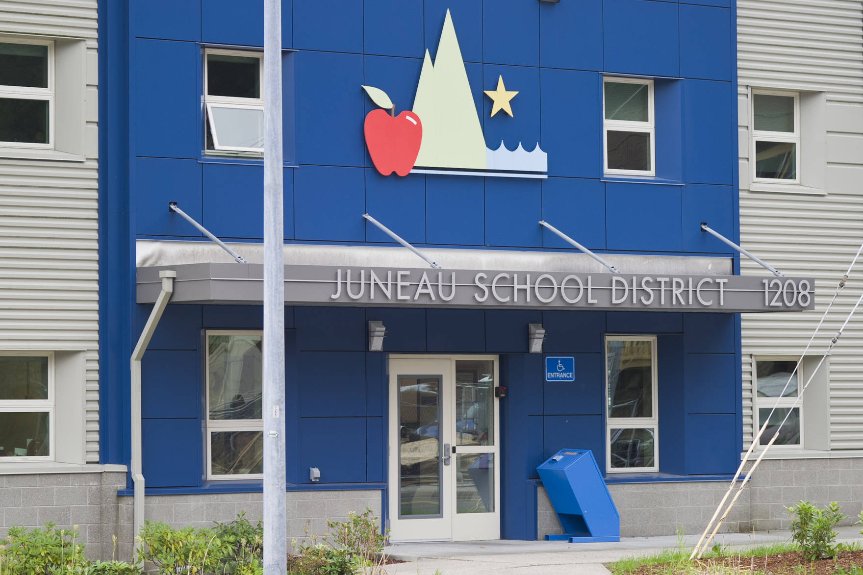 The Juneau School District's adminstration buidling is at the corner of Glacier Avenue and 12th Street. (Michael Penn | Juneau Empire)