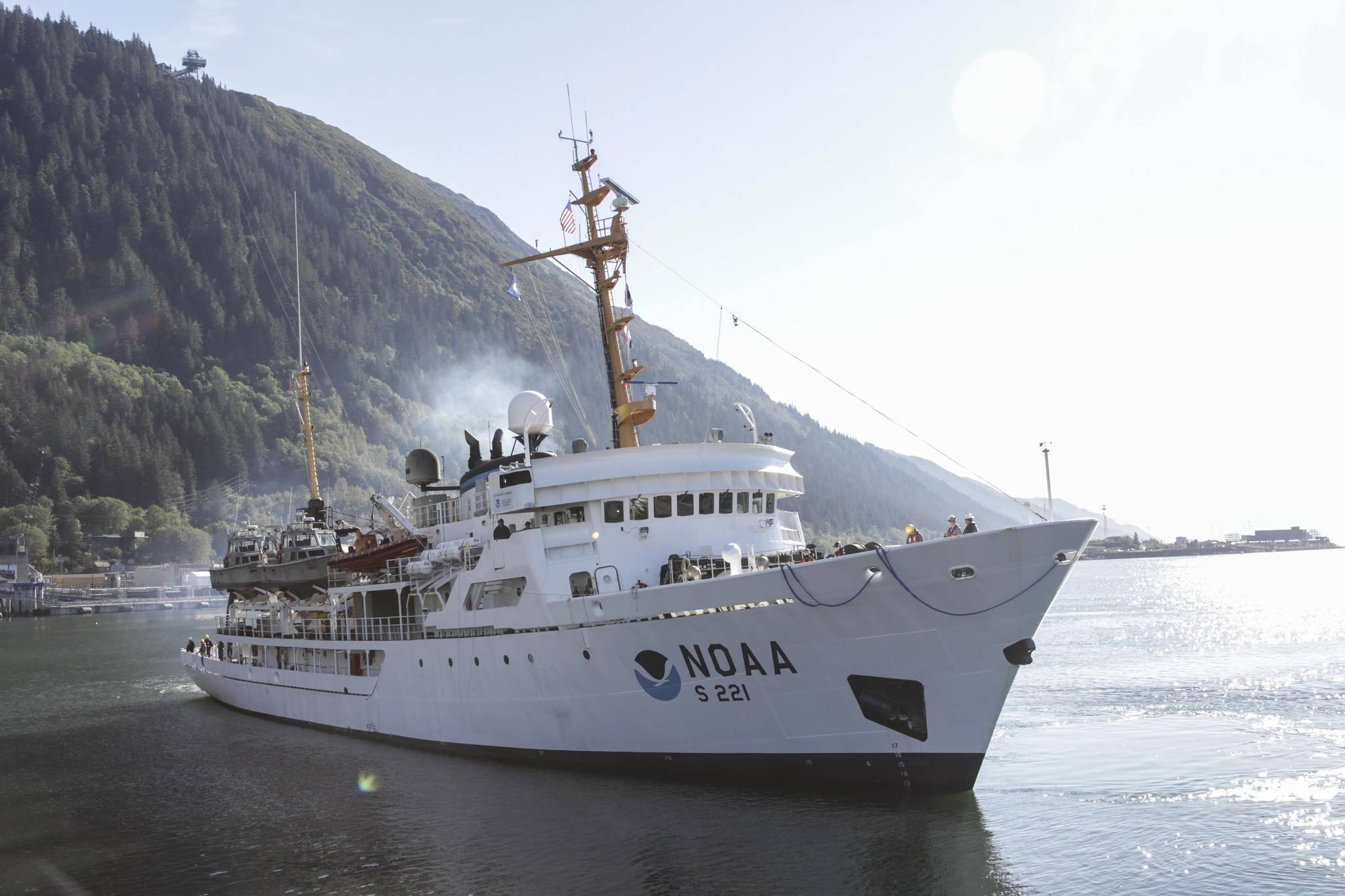 Michael S. Lockett / Juneau Empire                                  The National Oceanic and Atmospheric Administration vessel Rainier pulls into port Wednesday at Coast Guard Station Juneau for rest and replenishment of stores.