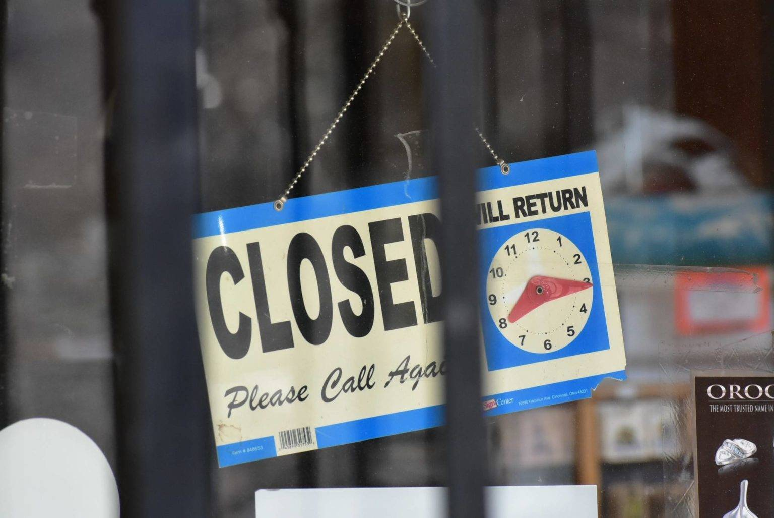 A sign in the window of a business on South Franklin Street in downtown Juneau on April 14, 2020. (Peter Segall / Juneau Empire File)